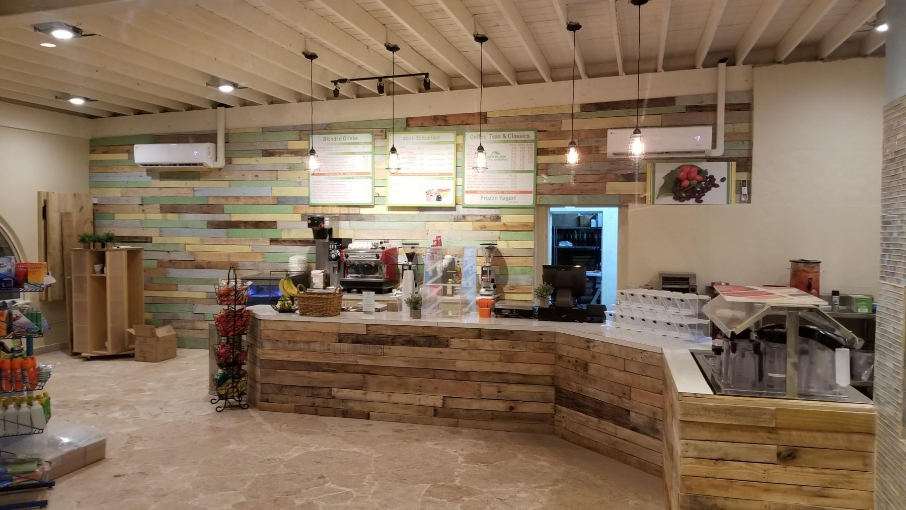 018 Coffee and Frozen Yogurt Shop